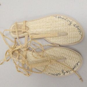 NEW SCHUTZ STRAW LACE UP FLAT thong SANDALS 6